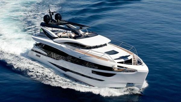 Dominator motor yacht Kalliente for sale