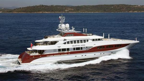 €2M price cut on Heesen motor yacht Celestial Hope