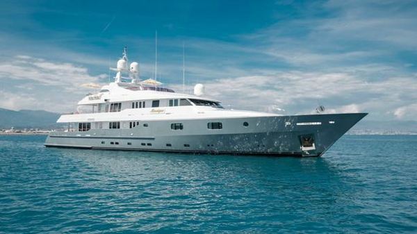 Turquoise motor yacht Mosaique for sale