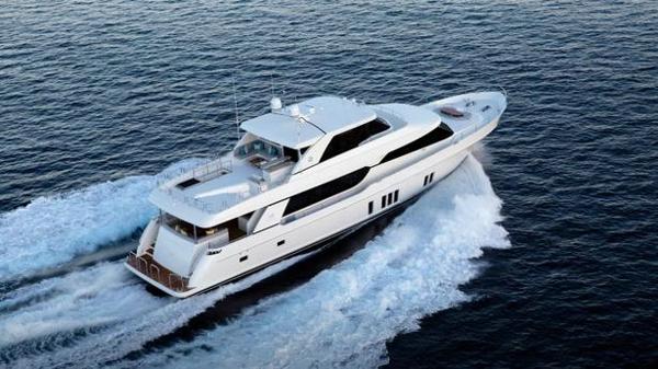 New-build Ocean Alexander 100 motor yacht sold