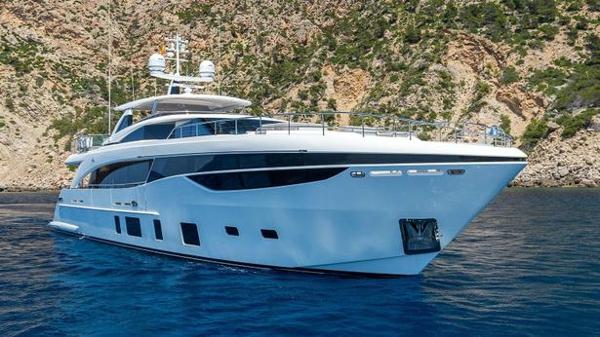 Princess motor yacht White Dream sold