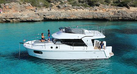 Swift Trawler 30 (Inboard)