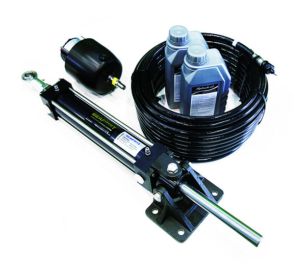 Hydraulic steering for outboard
