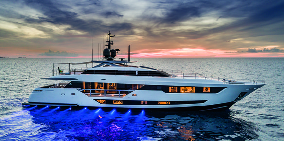 Custom Line 120': A Fusion of Technology and Luxury