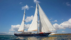 Motorsailer Yacht Le Pietre now for Sale with Engel & Volkers.